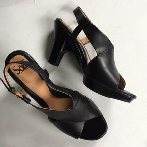 EUC Sofft leather heels